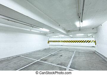 emeletes parkoló