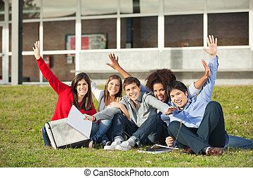 emelt, ülés, diákok, egyetem, kézbesít, egyetem területe