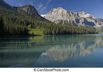Yoho National Park - Emerald Lake in August in Yoho National...