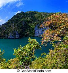 Emerald lake Thale Nai, Koh Mae island, Angthong marine park near koh Samui, Thailand. Famous travel destination
