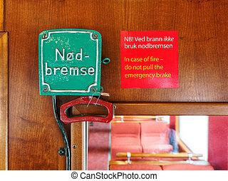 Emergency brake wagon train - Emergency brake in the wagon...