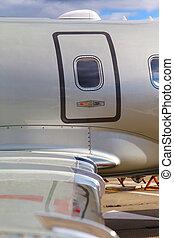 emergency door fuselage wing