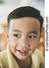 emoção, toothy, cima, rosto, asiático, fim, sorrindo, crianças, felicidade