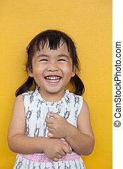 emoção, toothy, uso, parede, dental, ked, cima, face amarela, tema, saúde, asiático, facial, fim, sorrindo, encantador, crianças, felicidade
