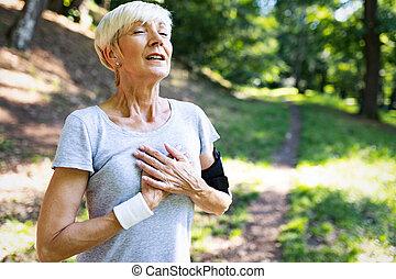 empêcher, femme, maladies, coeur, exercisme, attaque, mûrir, dehors, cardio-vasculaire