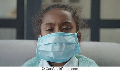 empêcher, masque portant, girl, malade, diffusion, germes