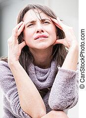 emphasized, donna, espressione, mal di testa