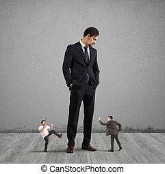 empleados, quién, necesidad, a, rebelde, en, su, jefe