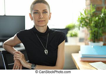 employé bureau, femme, séance, lieu travail