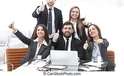 empresa / negocio, actuación, arriba, pulgares, equipo, profesional, feliz