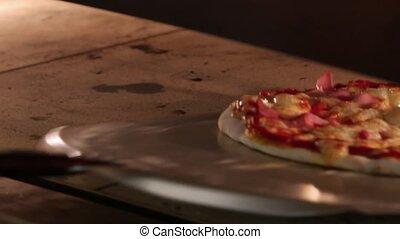 empressement, met, il, chef cuistot, four, chèques, pizza