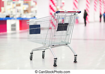 empty cart in the supermarket