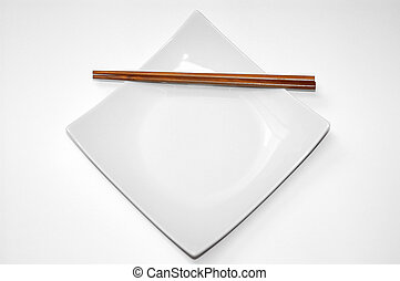 Empty dinner plate. - Study of form and color, empty chinese...