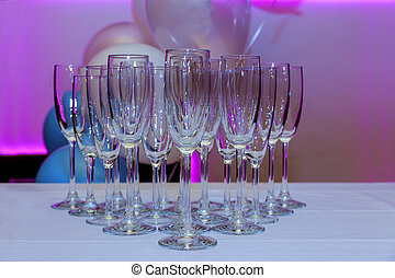 empty glasses on the white table