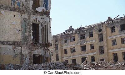 Empty old building destroyed - Demolition of old building, ...