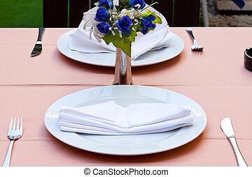 Empty restaurant table - Dubrovnik
