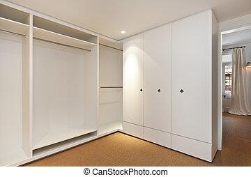 empty room, ruim