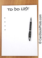 Empty to do list and pen
