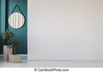 Empty wall in corridor