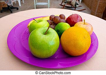 en, cerca, bandeja, de, una, frutas