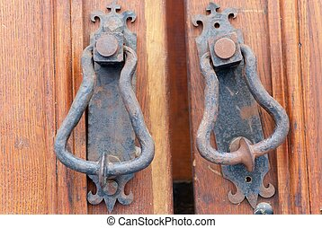 en, gammal, metall, dörr hantera, portklapp