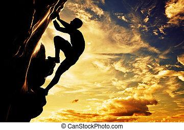 en, silhuet, i, mand, fri klatre, på, gyngen, bjerg, hos, sunset., adrenaline, tapperhed, leader.