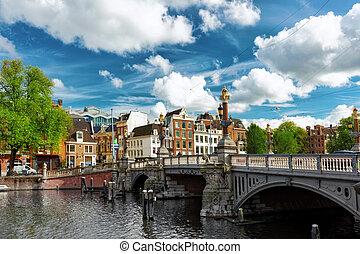 en ville, canal, holland., amsterdam