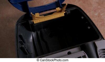 encaisseur, soin, filter., interne, equipment., cleaner's, ...