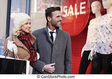 encantador, par, fazendo, a, shopping, cidade