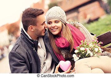 encantador, par, ligado, dia valentine, parque