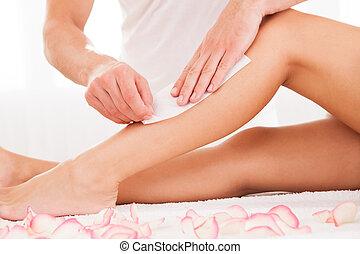 encerar, mulher, esteticista, perna