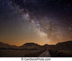 encima, desierto, manera, lechoso