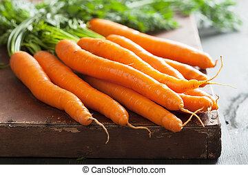 encima, fresco, plano de fondo, zanahoria, de madera