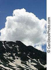 encima, pico, nube