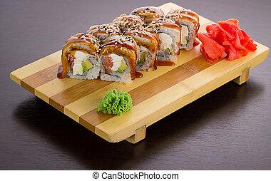 encima, sushi, gete, anguila, fondo negro, rollo