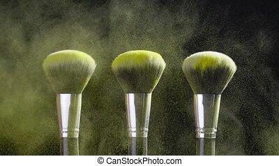 enduisage, fond, beauté, brosse cosmétique, concept., doré, noir, poudre