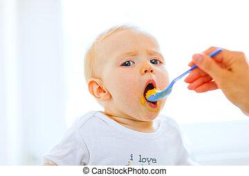 enduit, cuillère, bouche, joli, bébé, ouvert, manger