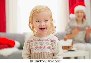 enduit, manger, bébé, portrait, girl, apprécier, noël