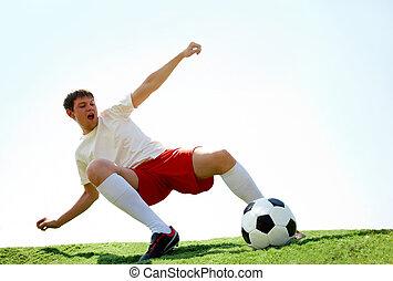 energikus, játékos