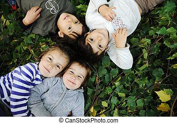 enfance, bonheur, nature