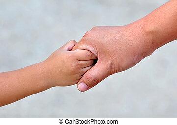 enfant, adulte, tenant mains