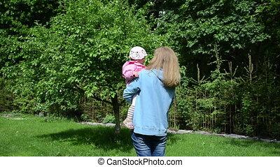 enfant, arbre, jardin, mère
