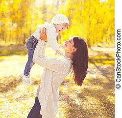 enfant, ensoleillé, jouer, automne, chaud, mère, amusement, sourire, avoir, jour, heureux