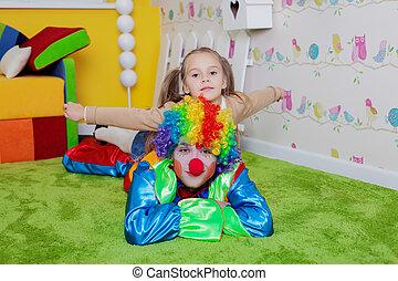 cirque room maquillage clown regarde miroir room image de stock recherchez photos. Black Bedroom Furniture Sets. Home Design Ideas