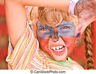 enfant, girl, à, peinture, sur, figure, dans, gosses, club.