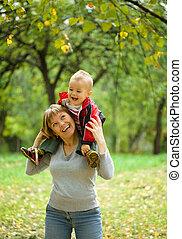enfant, parc, jouer, elle, mère