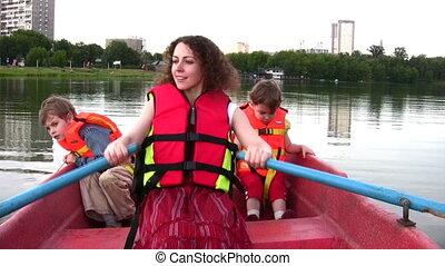 enfants, 4, bateau, mère