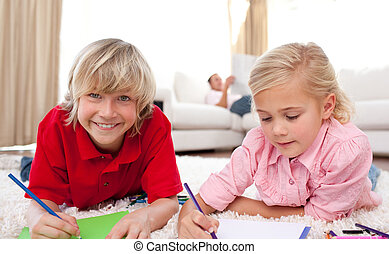 enfants, adorable, dessin, mensonge, plancher