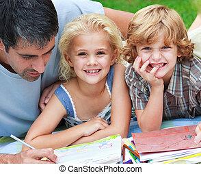enfants, leur, dessin, sourire, père