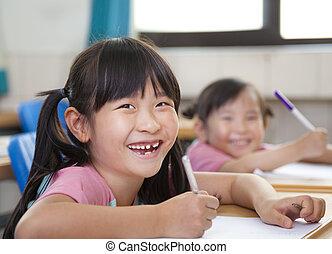 enfants salle classe, heureux